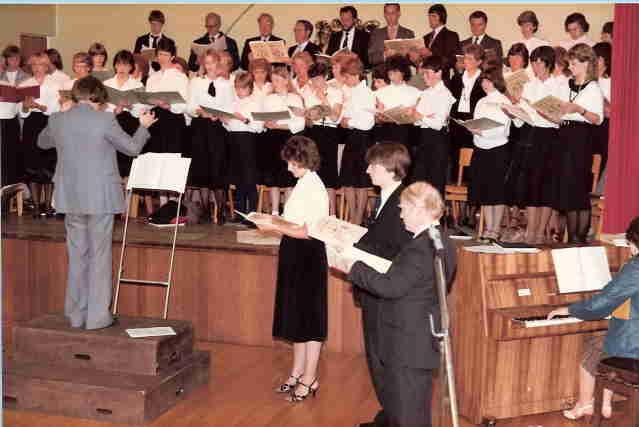 1984GSConcertChoir (2)